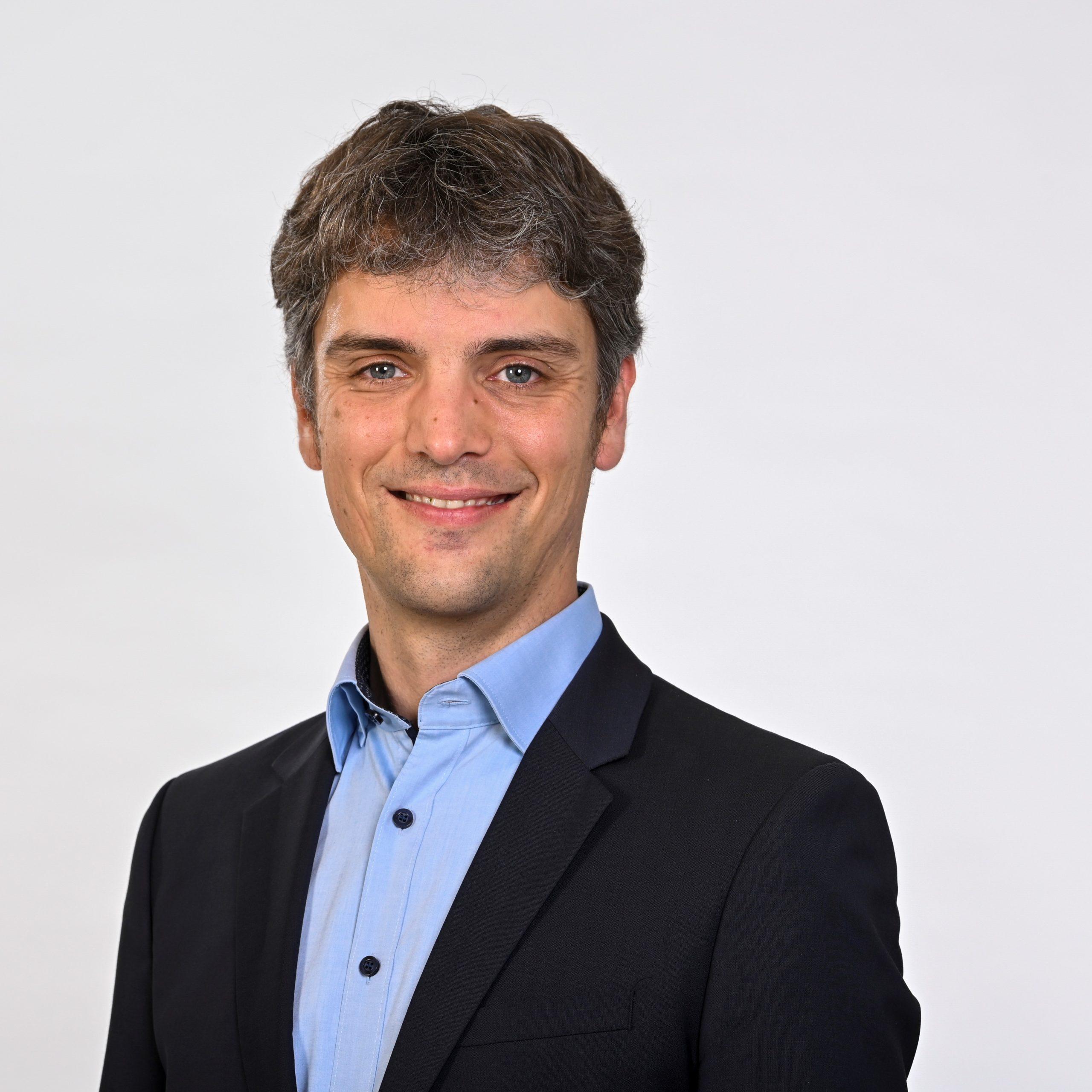 Dr. Christoph Ullmer