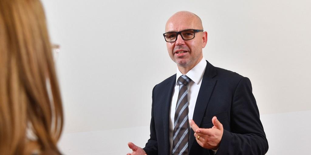 Dr. Stefan Gossens, Leiter des Innovationsprogramms Energiespeicher und Wandler bei Schaeffler. Foto: Schaeffler